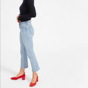 Everlane 'The Kick Crop Jean' in light blue wash